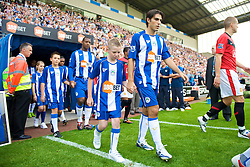 WIGAN, ENGLAND - Saturday, August 22, 2009: Wigan Athletic's Jordi Gomez during the Premiership match at the DW Stadium. (Photo by David Rawcliffe/Propaganda)