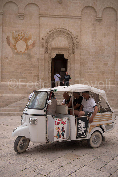 The mototaxi as in Asia and South America, but signed Piaggio and well  kept are a nice private means of transport highly appreciated by tourists