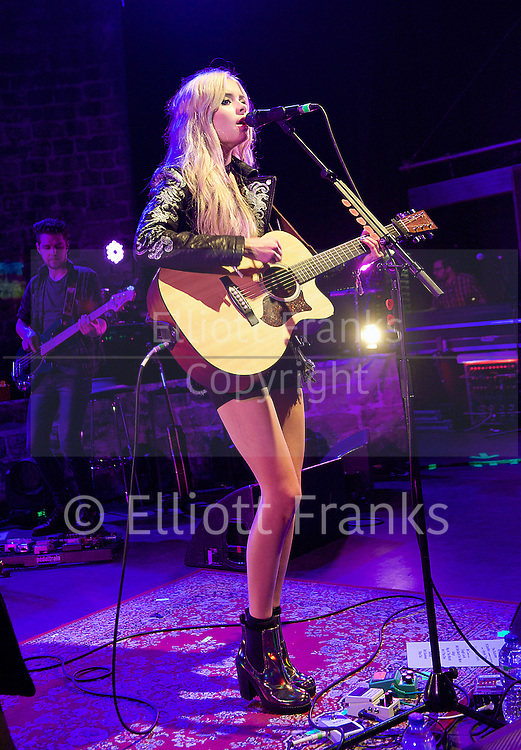 Nina Nesbitt <br />