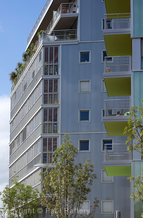 """""""Rive de Parc"""", Boulogne-Billancourt..Architects: Lipsky Rollet.."""