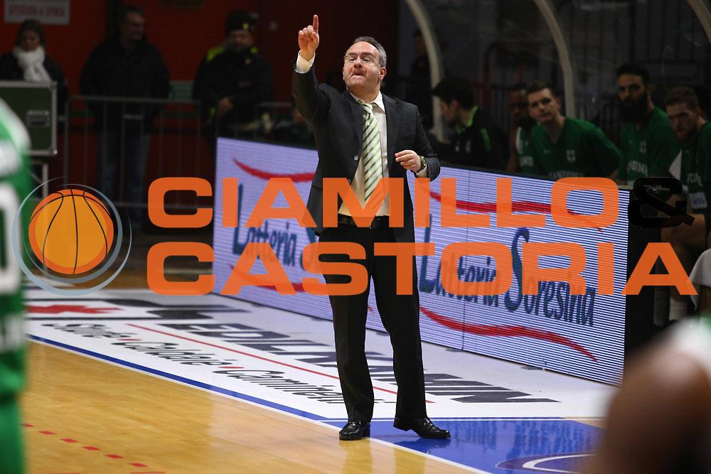 DESCRIZIONE : Cremona Lega A 2015-2016 Vanoli Cremona Sidigas Avellino<br /> GIOCATORE : Stefano Sacripanti Coach<br /> SQUADRA : Sidigas Avellino<br /> EVENTO : Campionato Lega A 2015-2016<br /> GARA : Vanoli Cremona Sidigas Avellino<br /> DATA : 20/12/2015<br /> CATEGORIA : Coach<br /> SPORT : Pallacanestro<br /> AUTORE : Agenzia Ciamillo-Castoria/F.Zovadelli<br /> GALLERIA : Lega Basket A 2015-2016<br /> FOTONOTIZIA : Cremona Campionato Italiano Lega A 2015-16  Vanoli Cremona Sidigas Avellino<br /> PREDEFINITA : <br /> F Zovadelli/Ciamillo