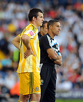 The Hawthorns West Bromwich Albion v Newcastle United (1-1) Championship 08/08/2009<br /> If looks could kill? Joey Barton and Chris Hughton who reportedly had a bust up on the training Newcastle training ground yesterday<br /> Photo Roger Parker Fotosports International