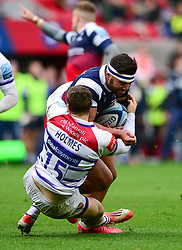 Charles Piutau of Bristol Bears is challenged by Jonah Holmes of Leicester Tigers - Mandatory by-line: Dougie Allward/JMP - 01/12/2018 - RUGBY - Ashton Gate Stadium - Bristol, England - Bristol Bears v Leicester Tigers - Gallagher Premiership Rugby