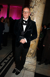 GILES DEACON at the British Fashion Awards 2006 sponsored by Swarovski held at the V&A Museum, Cromwell Road, London SW7 on 2nd November 2006.<br />