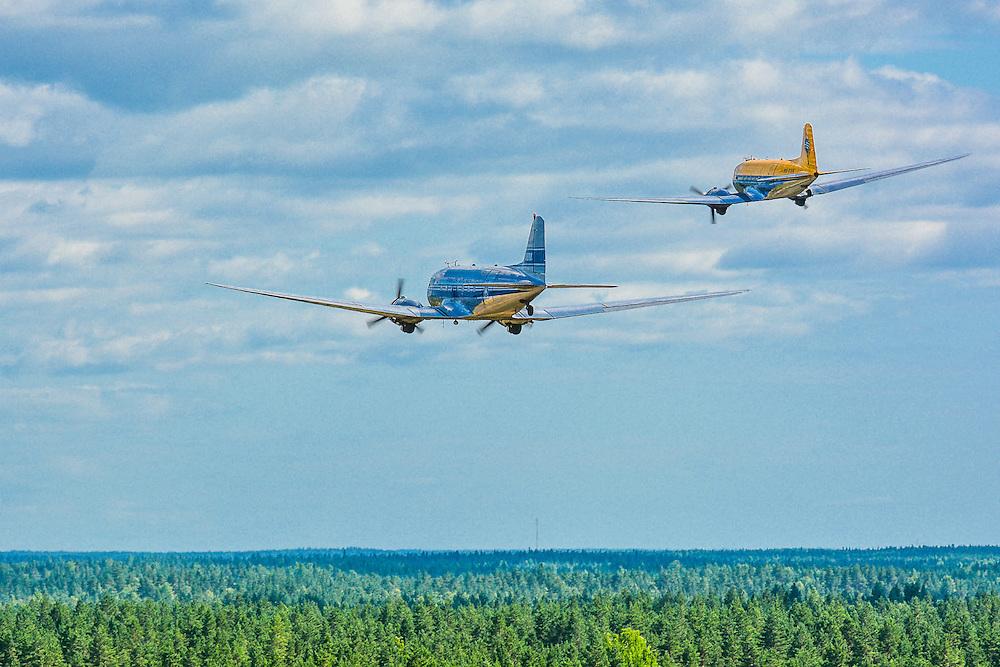 Douglas DC-3 1942 &quot;Hotelli&quot; OH-LCH<br /> J&auml;mi Fly In &amp; Airshow 2013<br /> petrijuola.com
