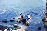 Viaggio in Guatemala, Lago Atitlan, SanTiago 18-19 dicembre 2016 © foto Daniele Mosna Viaggio in Guatemala, Lago di Atitlàn Sanpedro Santiago 18-19 Dicembre 2016 © foto Daniele Mosna