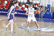 DESCRIZIONE : Valmiera Latvia Lettonia Eurobasket Women 2009 Francia Italia France Italy<br /> GIOCATORE : Chiara Pastore<br /> SQUADRA : Italia Italy<br /> EVENTO : Eurobasket Women 2009 Campionati Europei Donne 2009 <br /> GARA : Francia Italia France Italy<br /> DATA : 07/06/2009 <br /> CATEGORIA : palleggio<br /> SPORT : Pallacanestro <br /> AUTORE : Agenzia Ciamillo-Castoria/E.Castoria