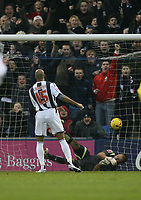 Photo: Rich Eaton.<br /> <br /> West Bromwich Albion v Preston North End. Coca Cola Championship. 26/12/2006. Diomansy Kamara of West Brom #15 scores past keeper Carlo Nash  in the first half