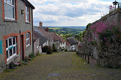 Gold Hill, Shaftesbury, Dorset, where the iconic 1973 Hovis advert was filmed. UK 2015