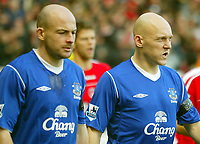Fotball<br /> Premier League 2004/05<br /> Charlton v Everton<br /> 28. desember 2004<br /> Foto: Digitalsport<br /> NORWAY ONLY<br /> Everton's midfield duo of Lee Carsley (l) and Thomas Gravesen