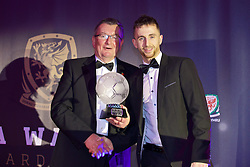 CARDIFF, WALES - Tuesday, November 8, 2016: Chas Rowlands, Chairman of the FAW Disciplinary Panel presents the FAW Fair Play Award to The New Saints during the FAW Awards Dinner at the Vale Resort. (Pic by David Rawcliffe/Propaganda)