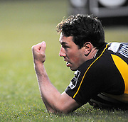 Wycombe, GREAT BRITAIN, Wasps' Tom VOYCE, signals to the crowd as he scores a first half try, during the Guinness Premiership game, London Wasps vs Sale Sharks 15.04.2008 [Mandatory Credit Peter Spurrier/Intersport Images]