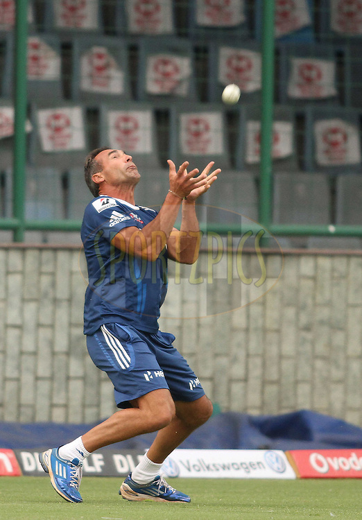 Mike Horn of the Mumbai Indians takes a catch during the Mumbai Indians training session held at the Feroz Shah Kotla Cricket Stadium, Delhi, India on the 26 April 2012..Photo by Shaun Roy/IPL/SPORTZPICS..