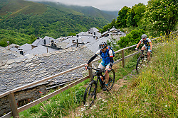 25-06-2019 NED: Bierzo & Babia challenge BvdGF day 2, Ponferrada<br /> Second MTB trip start and finish in Ponferrada to San Cristobal, Penalba to Valdefrancos / Joli and Tonio