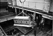 01/08/1962<br /> 08/01/1962<br /> 01 August 1962 <br /> Loading Sunbeam Jerseywear  onto ship at B and I North Wall, Dublin. <br /> Image shows boxes being lowered into the hold of the ship at the quay.