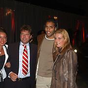 Rene Froger Concert of the Year 2002, Pierre van Hooijdonk en vriendin Corinne Wielaard