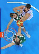 DESCRIZIONE : Kaunas Lithuania Lituania Eurobasket Men 2011 Quarter Final Round Spagna Slovenia Spain Slovenia<br /> GIOCATORE : Marc Gasol<br /> CATEGORIA : tiro special<br /> SQUADRA : Spagna Spain<br /> EVENTO : Eurobasket Men 2011<br /> GARA : Spagna Slovenia Spain Slovenia<br /> DATA : 14/09/2011<br /> SPORT : Pallacanestro <br /> AUTORE : Agenzia Ciamillo-Castoria/T.Wiendesohler<br /> Galleria : Eurobasket Men 2011<br /> Fotonotizia : Kaunas Lithuania Lituania Eurobasket Men 2011 Quarter Final Round Spagna Slovenia Spain Slovenia<br /> Predefinita :
