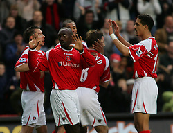 London, England - Saturday, January 13, 2007: Charlton Athletic's Jimmy-Floyd Hasselbaink apologises to the Middlesbrough fans after scoring againjst his old team during the Premiership match at the Valley. (Pic by Chris Ratcliffe/Propaganda)