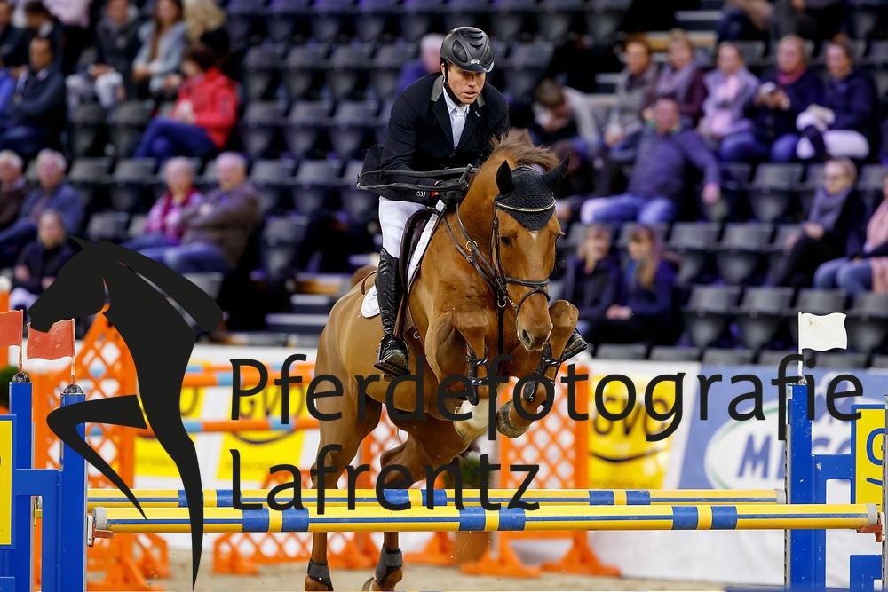 Schröder, Ben (NED) Marco V<br /> Oldenburg - AGRAVIS Cup 2017<br /> © www.sportfotos-lafrentz.de/Stefan Lafrentz