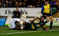 Courtney Lawes of Northampton Saints scores the opening try - Mandatory by-line: Robbie Stephenson/JMP - 15/09/2017 - RUGBY - Franklin's Gardens - Northampton, England - Northampton Saints v Bath Rugby - Aviva Premiership