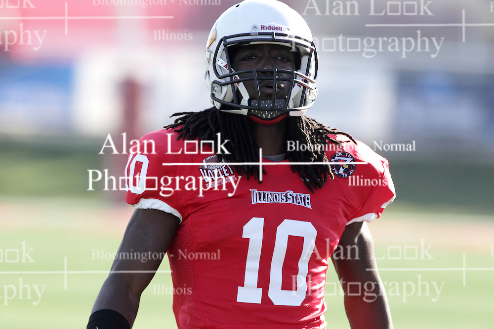 05 December 2015:   Davontae Harris(10). NCAA FCS Round 2 Football Playoff game between Western Illinois Leathernecks and Illinois State Redbirds at Hancock Stadium in Normal IL (Photo by Alan Look)