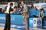 DESCRIZIONE: Cantu' Lega A 2015-16 <br /> Acqua Vitasnella Cantu' vs Umana Reyer Venezia<br /> GIOCATORE: Walter De Raffaele<br /> CATEGORIA: coach allenatore proteste<br /> SQUADRA: ve<br /> EVENTO: Campionato Lega A 2015-2016<br /> GARA: Acqua Vitasnella Cantu' Umana Reyer Venezia<br /> DATA: 26.03.2016<br /> SPORT: Pallacanestro<br /> AUTORE: Agenzia Ciamillo-Castoria/A. Ossola<br /> Galleria: Lega Basket A 2015-2016<br /> Fotonotizia: Cantu' Lega A 2015-16 <br /> Acqua Vitasnella Cantu' Umana Reyer Venezia