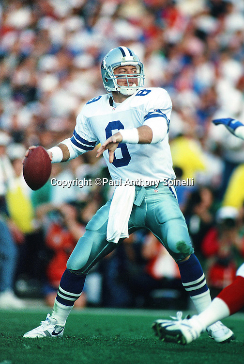 Dallas Cowboys quarterback Troy Aikman (8) throws a pass during the NFL Super Bowl XXVII football game against the Buffalo Bills on Jan. 31, 1993 in Pasadena, Calif. The Cowboys won the game 52-17. (©Paul Anthony Spinelli)
