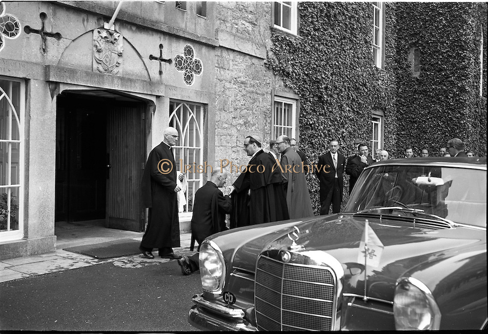 31/05/1964<br /> 05/31/1964<br /> 31 May 1964<br /> Sesquicentenary (150 yrs) celebrations at Clongowes Wood College, Co. Kildare. Picture shows the Rector of the College, Very Rev. Fr. Hilary Lawton S.J.J., greeting the Papal Nuncio, Most Rev. Dr. Sensi on his arrival at the College.