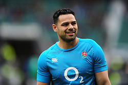 Ben Te'o of England looks on during the pre-match warm-up - Mandatory byline: Patrick Khachfe/JMP - 07966 386802 - 26/02/2017 - RUGBY UNION - Twickenham Stadium - London, England - England v Italy - RBS Six Nations Championship 2017.