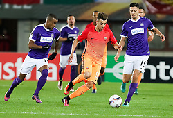 03.11.2016, Ernst Happel Stadion, Wien, AUT, UEFA EL, FK Austria Wien vs AS Roma, Gruppe E, im Bild Felipe Augusto Rodrigues Pires (FK Austria Wien), Stephan El Shaarawy (AS Roma) // during a UEFA Europa League group E match between FK Austria Vienna and AS Roma at the Ernst Happel Stadion, Vienna, Austria on 2016/11/03. EXPA Pictures © 2016, PhotoCredit: EXPA/ Alexander Forst