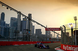 September 15, 2018 - Singapore, Singapore - Motorsports: FIA Formula One World Championship 2018, Grand Prix of Singapore, .#28 Brendon Hartley (NZL, Red Bull Toro Rosso Honda) (Credit Image: © Hoch Zwei via ZUMA Wire)