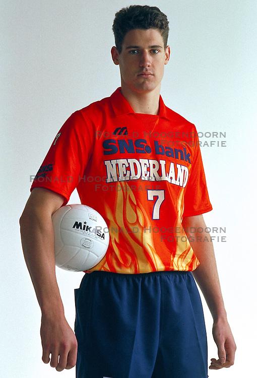 21-05-1997 VOLLEYBAL: TEAMPRESENTATIE MANNEN: WOERDEN<br /> Mike van de Goor<br /> ©2007-WWW.FOTOHOOGENDOORN.NL