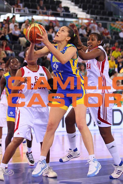DESCRIZIONE : Madrid 2008 Fiba Olympic Qualifying Tournament For Women Final Cuba Brazil <br /> GIOCATORE : Soeli Garvao <br /> SQUADRA : Brazil Brasile <br /> EVENTO : 2008 Fiba Olympic Qualifying Tournament For Women <br /> GARA : Cuba Brazil Cuba Brasile <br /> DATA : 15/06/2008 <br /> CATEGORIA : Tiro <br /> SPORT : Pallacanestro <br /> AUTORE : Agenzia Ciamillo-Castoria/S.Silvestri <br /> Galleria : 2008 Fiba Olympic Qualifying Tournament For Women<br /> Fotonotizia : Madrid 2008 Fiba Olympic Qualifying Tournament For Women Final Cuba Brazil <br /> Predefinita :
