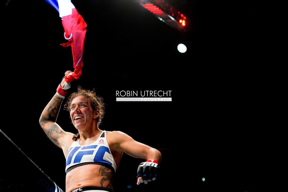 8-5-2016 ROTTERDAM - Mixed Martial Arts - UFC Fight Night - Germaine de Randamie v Anna Elmose - 8/5/16 - Germaine de Randamie celebrates after winning her fight. in ahoy rotterdamCOPYRIGHT ROBIN UTRECHT