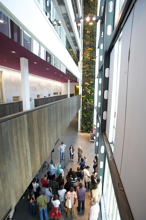 The CIVICUS Pre-Conference consists of a day tour of the city of Montreal, punctuated by learning exchange stops to meet and discuss with local CSOs. A stop was made at new Montreal House of Sustainable Development.