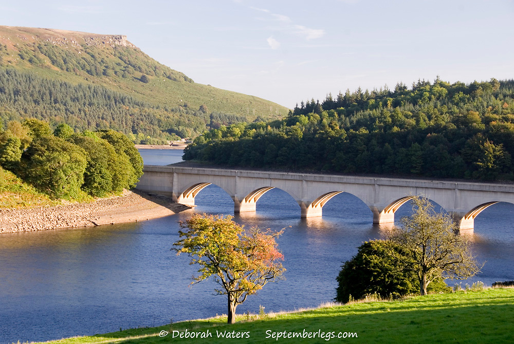 DERBYSHIRE UK - 29 Sept : A57 Bridge over Lower Derwent Reservoir as it joins Ladybower Reservoir on 29 Sept 2013, in Peak District, UK
