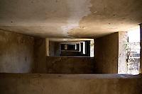 La Massaria Salinelle ubicata nell'omonima contrada, è considera una delle più grandi della campagna oritana, ormai abbandonata da tempo. Con un sistema sofisticato per l'epoca in queste stanze veniva prodotto il ghiaccio.