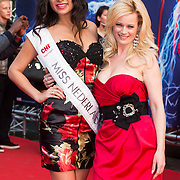 NLD/Amsterdam/20140422 - Premiere The Amazing Spiderman 2, Monique Sluyter en Miss Nederland