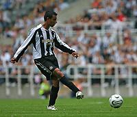 Photo: Andrew Unwin.<br />Newcastle United v PSV Eindhoven. Pre Season Friendly. 29/07/2006.<br />Newcastle's Nolberto Solano.