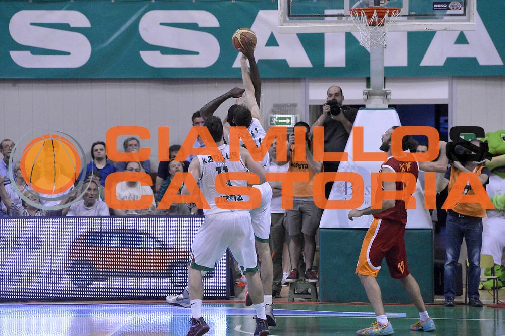 DESCRIZIONE : Roma Lega A 2012-2013 Montepaschi Siena Acea Roma playoff finale gara 4<br /> GIOCATORE : Tomas Ress <br /> CATEGORIA : Fallo Stoppata Contocampo<br /> SQUADRA : Montepaschi Siena<br /> EVENTO : Campionato Lega A 2012-2013 playoff finale gara 4<br /> GARA : Montepaschi Siena Acea Roma<br /> DATA : 17/06/2013<br /> SPORT : Pallacanestro <br /> AUTORE : Agenzia Ciamillo-Castoria/GiulioCiamillo<br /> Galleria : Lega Basket A 2012-2013  <br /> Fotonotizia : Roma Lega A 2012-2013 Montepaschi Siena Acea Roma playoff finale gara 4<br /> Predefinita :