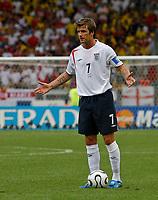 Photo: Glyn Thomas.<br />England v Ecuador. 2nd Round, FIFA World Cup 2006. 25/06/2006.<br /> England's David Beckham prepares to take a free kick.