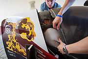 Iris Slappendeel past nog de laatste aanpassingen aan de fiets. Het Human Power Team Delft en Amsterdam (HPT), dat bestaat uit studenten van de TU Delft en de VU Amsterdam, is in Senftenberg voor een poging het laagland sprintrecord te verbreken op de Dekrabaan. In september wil het Human Power Team Delft en Amsterdam, dat bestaat uit studenten van de TU Delft en de VU Amsterdam, tijdens de World Human Powered Speed Challenge in Nevada een poging doen het wereldrecord snelfietsen voor vrouwen te verbreken met de VeloX 7, een gestroomlijnde ligfiets. Het record is met 121,44 km/h sinds 2009 in handen van de Francaise Barbara Buatois. De Canadees Todd Reichert is de snelste man met 144,17 km/h sinds 2016.<br /> <br /> The Human Power Team is in Senftenberg, Germany to race at the Dekra track as a preparation for the races in America. With the VeloX 7, a special recumbent bike, the Human Power Team Delft and Amsterdam, consisting of students of the TU Delft and the VU Amsterdam, also wants to set a new woman's world record cycling in September at the World Human Powered Speed Challenge in Nevada. The current speed record is 121,44 km/h, set in 2009 by Barbara Buatois. The fastest man is Todd Reichert with 144,17 km/h.