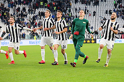 November 5, 2017 - Turin, Italy - Juventus FC players celebrate victory over Benevento Calcio after the Serie A football match between Juventus FC and Benevento Calcio on 05 November 2017 at Allianz Stadium in Turin, Italy. (Credit Image: © Massimiliano Ferraro/NurPhoto via ZUMA Press)