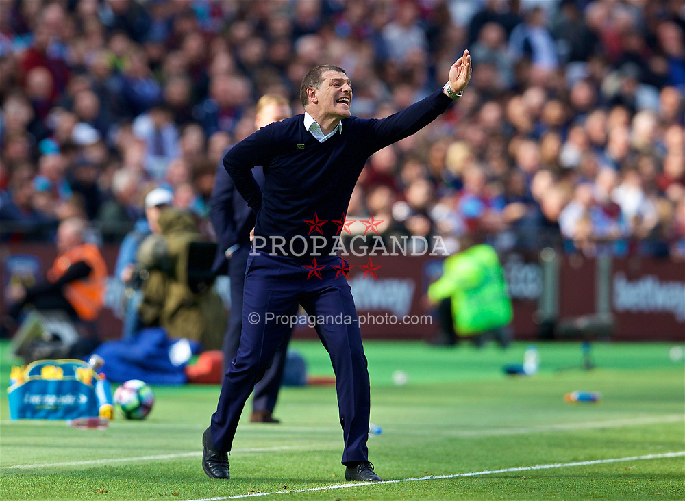 LONDON, ENGLAND - Saturday, April 22, 2017: West Ham United's manager Slaven Bilic reacts during the FA Premier League match against West Ham United at the London Stadium. (Pic by David Rawcliffe/Propaganda)