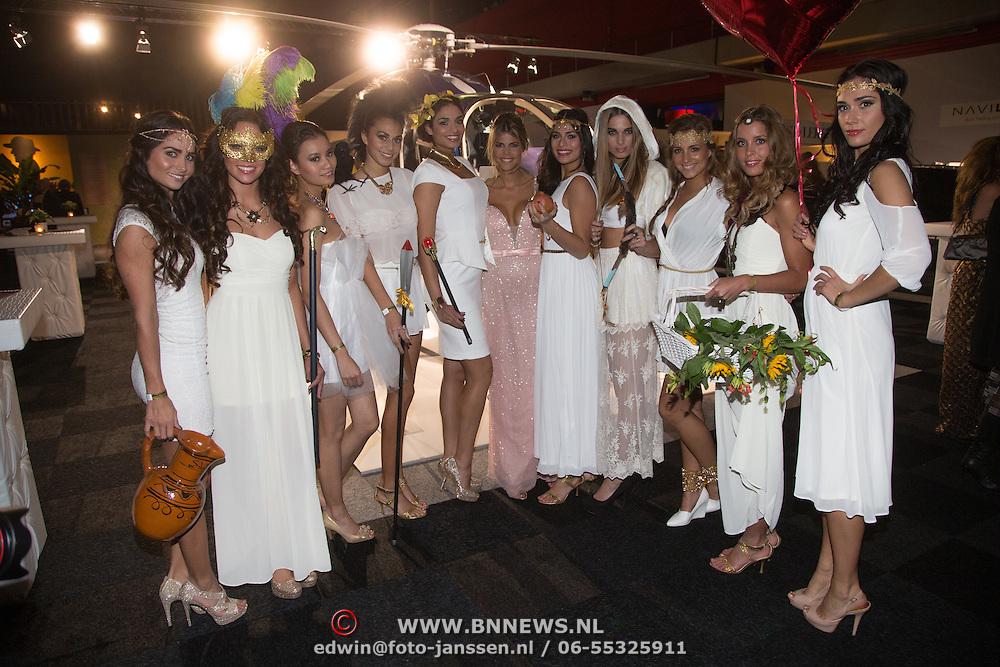 NLD/Amsterdam /20131212 - Vipnight Master of LXRY 2013 opening, Kim Kötter en missen