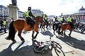 Britain Protestors Clash | Jun 13, 2020