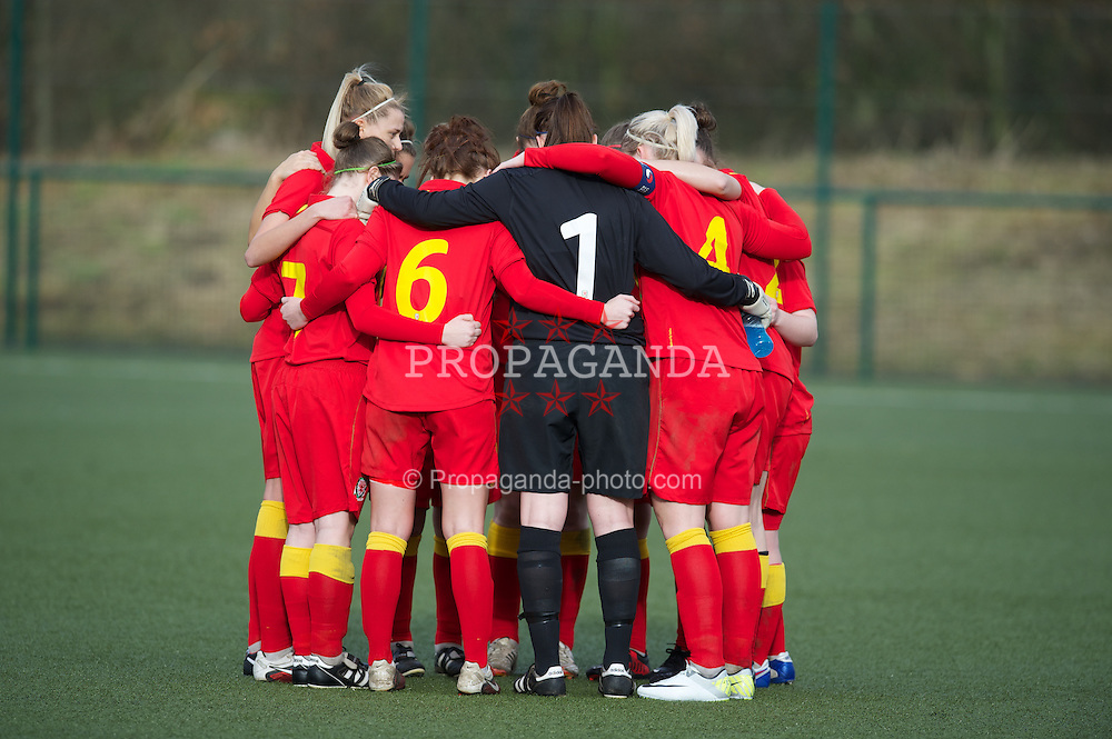 OSWESTRY, ENGLAND - Sunday, February 3, 2013: Wales players for a pre-match huddle before the Women's Under-19 International Friendly match against Norway at Park Hall. (Pic by David Rawcliffe/Propaganda)