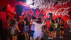 Os primeiros planetários e público em geral na 22ª edição do Planeta Atlântida. O maior festival de música do Sul do Brasil ocorre nos dias 3 e 4 de fevereiro, na SABA, na praia de Atlântida, no Litoral Norte gaúcho.  Foto: Lucas Uebel / Agência Preview Convidados aproveitam o espaço da Coca-Cola  durante a 22ª edição do Planeta Atlântida. O maior festival de música do Sul do Brasil ocorre nos dias 3 e 4 de fevereiro, na SABA, na praia de Atlântida, no Litoral Norte gaúcho.  Foto: Lucas Uebel / Agência Preview