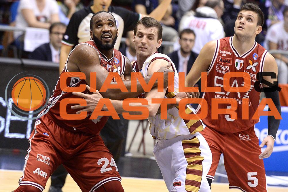 DESCRIZIONE : Milano Lega A 2014-2015 EA7 Emporio Armani Milano vs Umana Venezia<br /> GIOCATORE : Samardo Samuels<br /> CATEGORIA : Tagliafuori<br /> SQUADRA : EA7 Emporio Armani Milano<br /> EVENTO : Campionato Lega A 2014-2015 GARA : EA7 Emporio Armani Milano vs Umana Venezia<br /> DATA : 26/10/2014 <br /> SPORT : Pallacanestro <br /> AUTORE : Agenzia Ciamillo-Castoria/I.Mancini<br /> GALLERIA : Lega Basket A 2014-2015 FOTONOTIZIA : MilanoLega A 2014-2015 EA7 Emporio Armani Milano vs Umana Venezia<br /> PREDEFINITA :