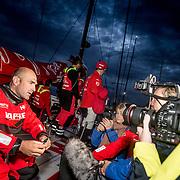 © María Muiña I MAPFRE: Rolex Fastnet Race. El MAPFRE finaliza la Rolex Fasnet Race en un segundo puesto tras el Dongfeng Racing Team por tan sólo 56 segundos de diferencia. MAPFRE arrives to Plymouth second 56 seconds after Dongfeng at the Rolex Fastnet Race.